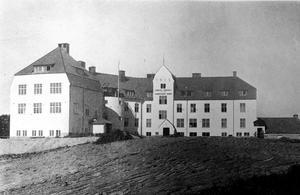 Bodaborgs sinnesslöanstalt. Bild: Ur boken Berättelse över Västernorrlands läns sinnesslöanstalt i Boda
