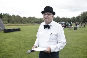 B G Eliasson agerade speaker.
