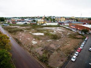 HSB har redan flaggat för att en stor del av bostadsbyggandet på Philipsontomten skjuts upp på grund av bristande efterfrågan.
