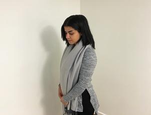 Najlaa var bara nio år när hon såldes som sexslav. Nu bor hon i Härnösand och hoppas kunna hjälpa andra kvinnor som utsatts för övergrepp.