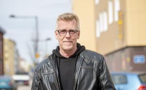 Dan-Eddie Nielsen, 61 år, utredare, Sallyhill:
