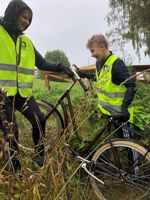 En cykel som blivit liggande togs reda på. Foto: Privat