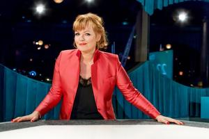Belinda Olsson leder Opinion live som torsdag kväll sänds från Gävle konserthus. Foto: Sofia Sabel/SVT