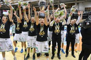 Fyra raka matcher och fyra raka guld kunde Södertälje Kings fira år 2016.