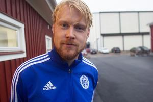 Spelande tränaren Jesper Karlsson vill bara rida vidare på lagets fina form under slutet av säsongen.