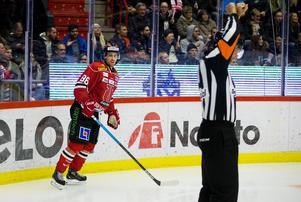 Örebro är det lag som drar på sig flest tvåminutersutvisningar i hela ligan. Bild: Johan Bernström/Bildbyrån