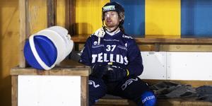 Aksel Örn Ekblom deppar. BILD: Nils Petter Nilsson/TT