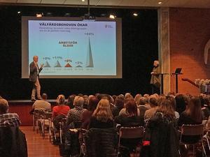 Greger Bengtsson och Maj Rom, båda från Sveriges kommuner och landsting, SKL, berättade bland annat att behoven inom välfärden ökar.