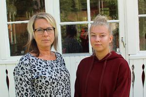 Helena Ekenstein och mellandottern Ida är nöjda med att processen går vidare men tycker skadeståndskravet är för lågt för att tvinga företag att ta säkerhet på större allvar.