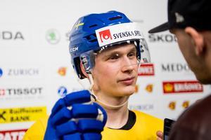 Elias Petterson har varit tokdominant i SHL och är naturligtvis given i Rikard Grönborgs Tre Kronor, skriver Hockeypuls krönikör Per Hägglund.