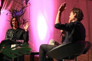 """""""Alla popnördar räcker upp handen"""" – Per Gessle och Nisse Hellberg bjöd på sig själva och deltog i ett popquiz som Gessle vann enkelt."""