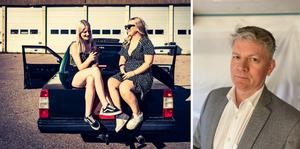 Ungefär lika många unga kvinnor som unga män kör A-traktor nuförtiden.