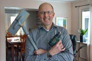 Laddad för rut- och rotuppdrag. Mats-Johan Adner har precis startat ett eget företag där han anlitar 55-plussare.