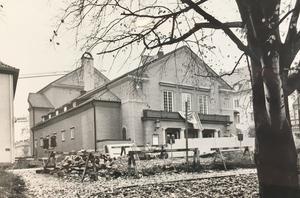 Teatern 1975.