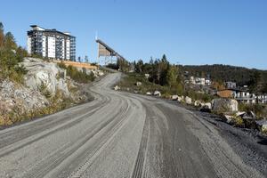 Vägen från Varvsbergsvägen in till Kusthöjden ska byggas färdig, med start våren 2019.
