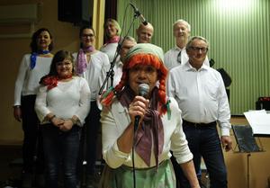 Laila Nordahl tolkar Lill-Babs