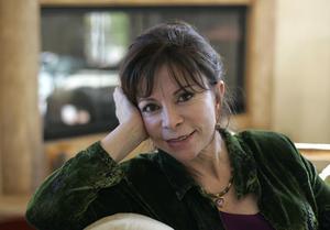 Den chilenska författaren Isabel Allende är ett av mässans stora dragplåster.