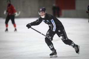 Hannes Edlund gjorde ett av SAIK:s tre mål.