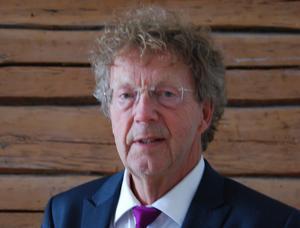 Carl E. Olivestam.