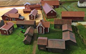 Centrum av Utby med bland annat ladugården där Utby Rallare håller till.