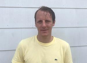 Gustav Olofsson, 34 år, administrativ chef i Lekebergs kommun, blir tillförordnad kommundirektör efter att Martin Willén har slutat. Gustav jobbar fram tills en ny kommundirektör är på plats.Foto: Privat