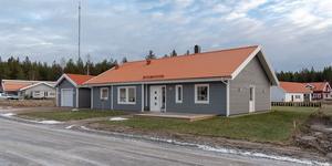 Skästa Hage ligger norr om Västerås, cirka sex kilometer från Erikslund.  Foto: Mäklarringen Västerås