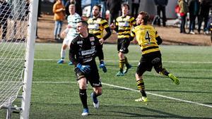 Marcus Modin och hans Skiljebo fick det inte att stämma borta mot IFK Lidingö. Foto: Sofia Fors