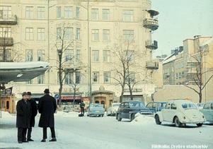 Järntorget i Örebro – på en bild tagen nån gång på 1960-talet. Foto: Örebro stadsarkiv