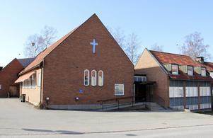 Seljansborgs kyrka och församlingshem blir inte ett tillfälligt asylboende. Ägaren får inte bygglov.