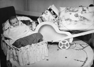 Kvar i Viola Widgrens rum på Garnisonsjukhusets elevhem i Sollefteå fanns flera, rätt dyra, julklappar hon köpt till familjen bara dagarna innan hon försvann. Ett tecken på att hon kanske inte försvann frivilligt?