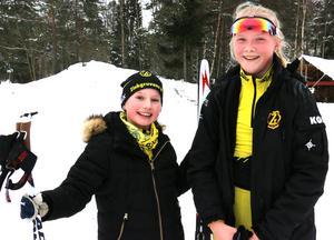 Stina Karlsten och Ella Jonsson körde en slinga på 2,5 kilometer.
