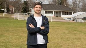 Johannes Skoglund hade tuff konkurrens på mittfältet under tiden i ÖSK. Stjärnor som Valdet Rama och Alejandro Bedoya petade man inte i första taget.
