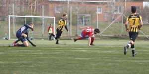Shakew Hussein hade ett gyllene läge att ge BKV ledningen tidigt i matchen, men halkade när han skulle lägga in bollen i mål.