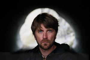 Ruben Östlund har regisserat filmen.