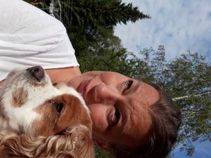 Laila Söderberg hjälper djur om det har ont eller är oroliga. Foto:Privat.