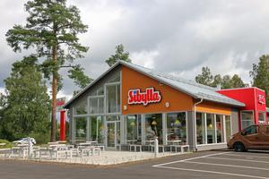 Sibylla i Hofors är byggd med svensk lada som förebild.