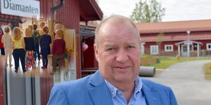Många inskolningar och högt tryck har lett till hög arbetsbelastning i förskolan i Gagnef, men nämndbasen Jan Wiklund (M) säger att kommunen arbetar hårt för en bra arbetsmiljö och hög omsorgskvalitet.
