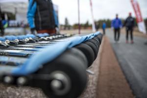 Den nya asfaltbanan har tre olika slingor och tillsammans blir längden nästan 5 kilometer.