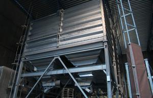 I den nya blandarstationen blir spillet minimalt. Även hårda betongklumpar kan tas tillvara, och det blir möjligt att blanda till flera olika cementsorter.