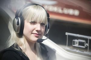 Isabelle Nylander har alltid varit intresserad av flygplan. För ett halvår sedan tog hon steget att påbörja flygcertifikatutbildningen. Drömmen är att i framtiden arbeta som pilot och flyga stora plan.