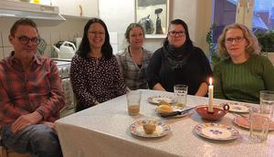 Gänget som jobbar inom öppenvården på individ- och familjeomsorgen i Rättvik. Fr v  Hasse Persson, Ulrika Mases, Marie Englander, Anna Matsson och Britta Johnson.