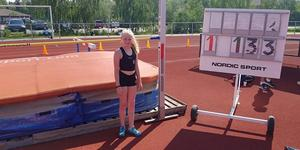Olivia Backlund klarade 1,33 meter och vann höjdhoppet i klassen F11 på Tyresö ungdoms- och veteranspel. Foto: Ösmo Nynäs FIK