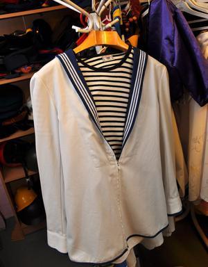 HÅKAN. Artister av olika slag tillhör de vanligast uthyrda kläderna. Till exempel Håkan Hellström.