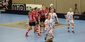 Hanna Strandberg gjorde både ÖIB:s första och sista mål i matchen.