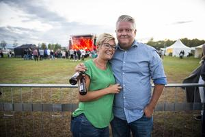 """Johanna Persson och Stefan Wikström ville båda se Petter och Miss Li. """"Vi missade Shirin""""."""