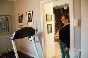 Pernilla Delcomyn fick aldrig någon vård för sin stroke. I dag satsar hon på motion för att försöka undvika sjukdomar i framtiden.