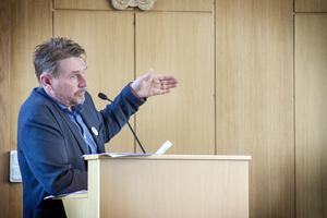 Personalchefen Roger Fält tycker att den nya arbetsmiljöpolicyn är bra och välbehövlig.