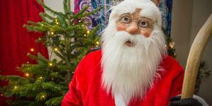 En del måste jobba på jul, men signaturen Anhöriga till kommunanställda upprörs över att småbarnsföräldrar nekats semester trots ansökt ledighet i god tid.