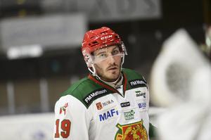 John Persson är på väg tillbaka, steg för steg.