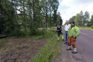 Nu grävs det för fullt för fibern i Särna och pausen är bara tillfällig för trion Tomas Dalkvist, Karl-Olov Jensen, Bynät, och Per Blomqvist, PeRo.